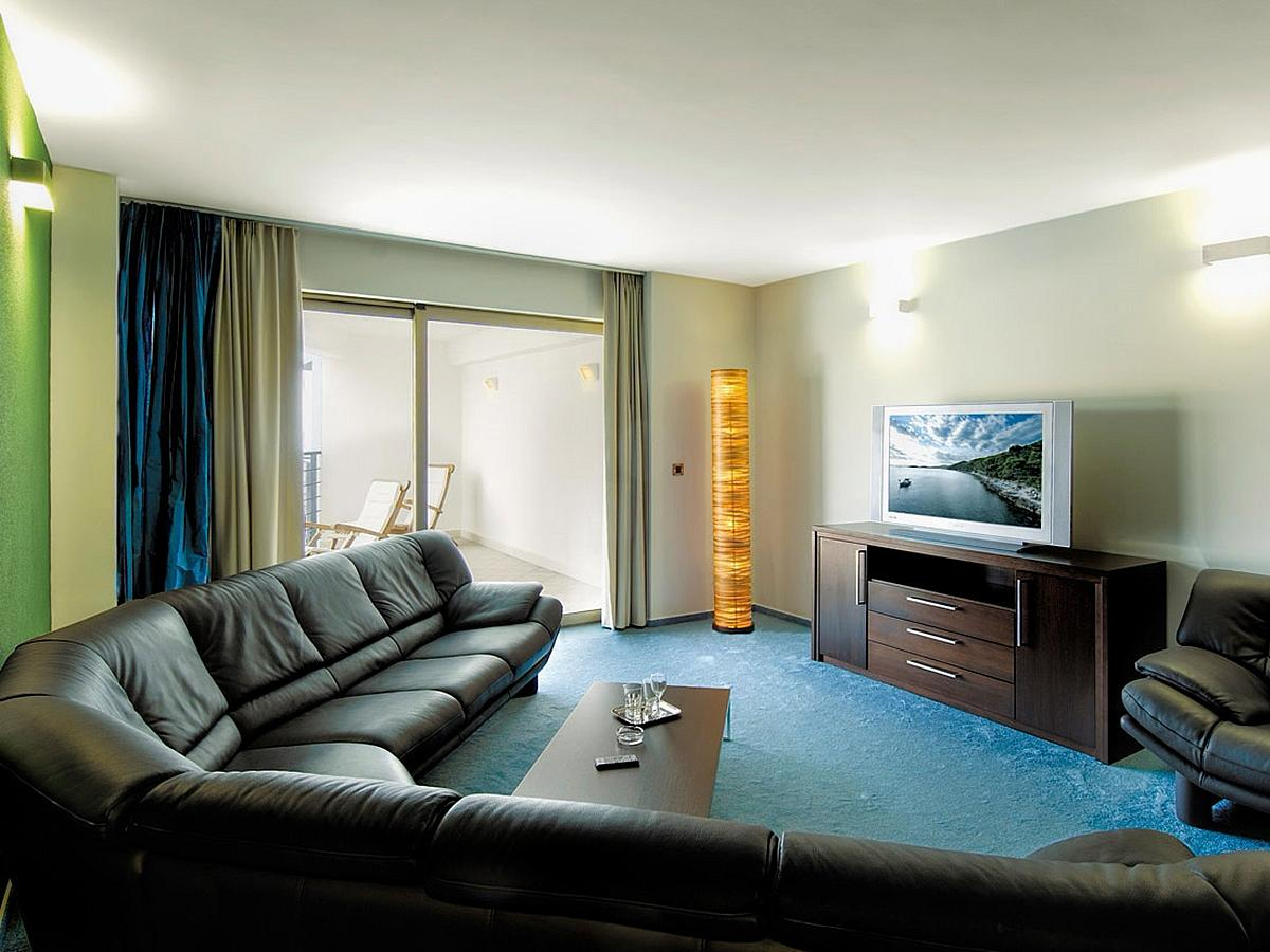 Apartment for 4 people - sea view - presidential suite - with half board