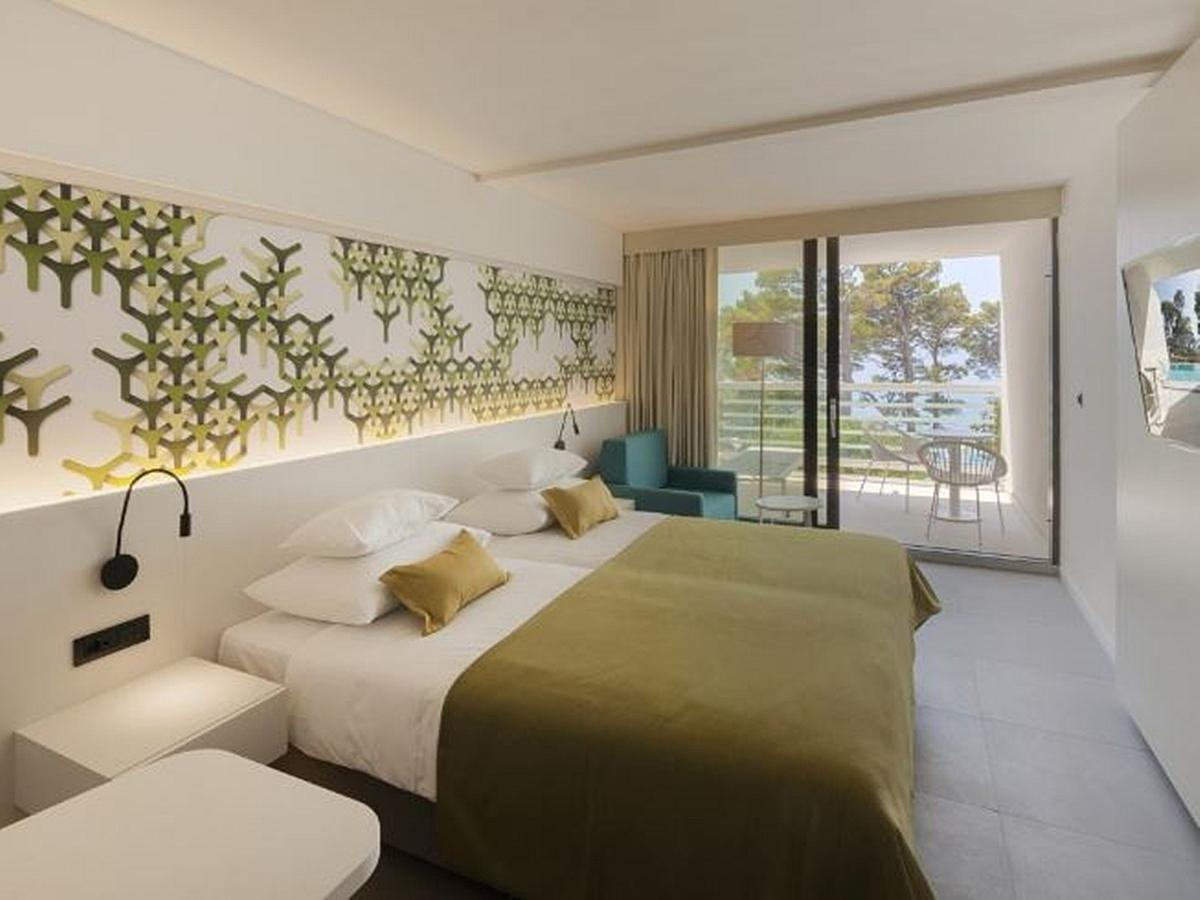Double room sea side Standard HB