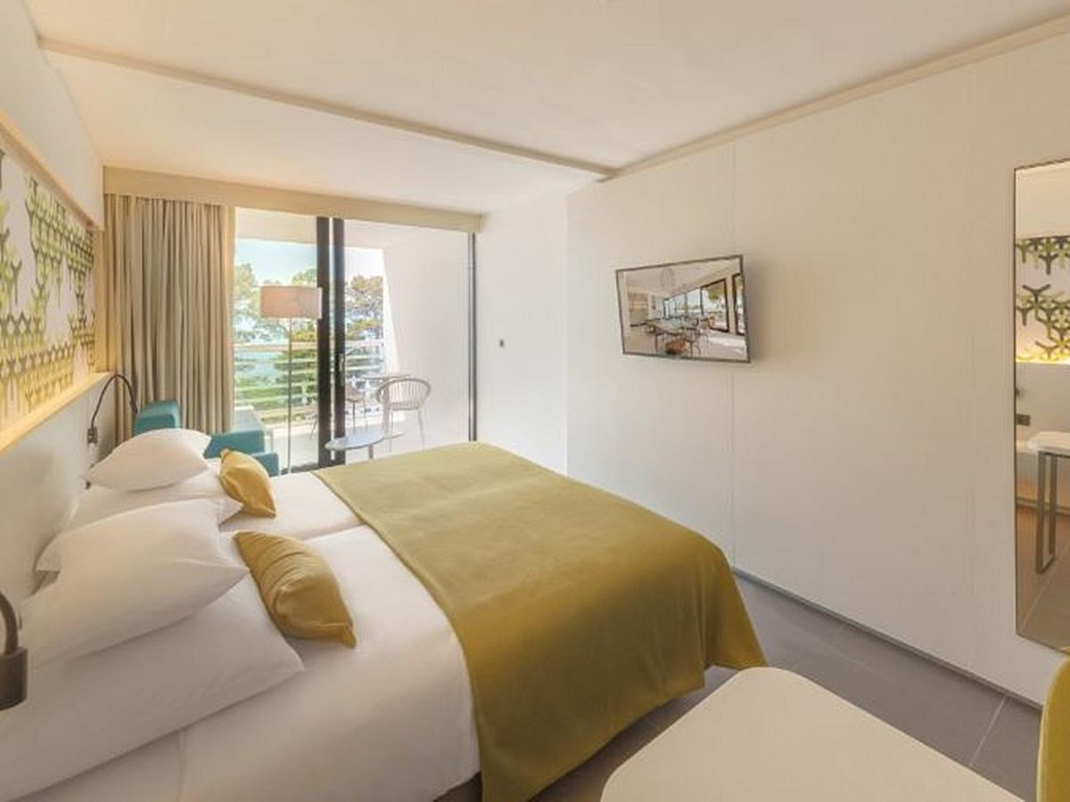 Double room sea side Standard annex  with halfboard