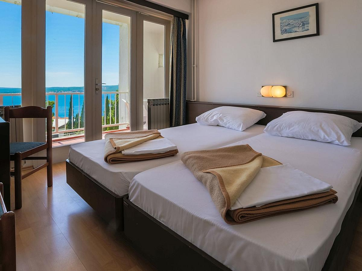 Double room sea side with half board