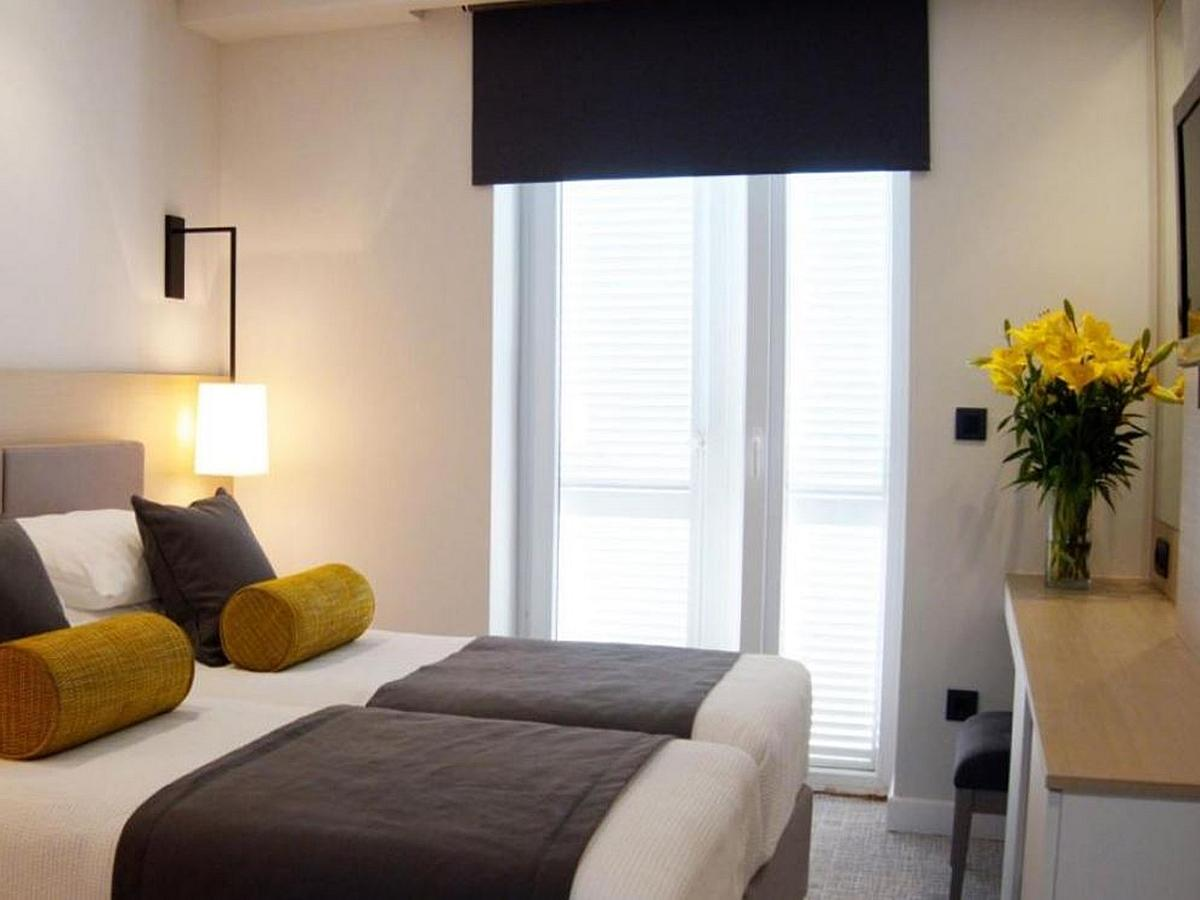 Dvoposteljna soba, standard z nočitvijo in zajtrkom