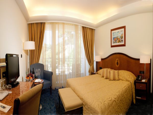 Double room - junior suite with balcony and breakfast