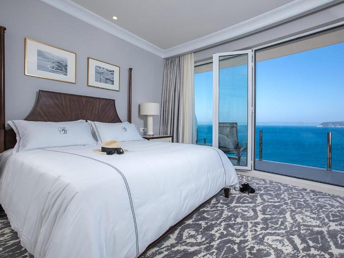 Double Room Sea View With Bed And Breakfast Deluxe