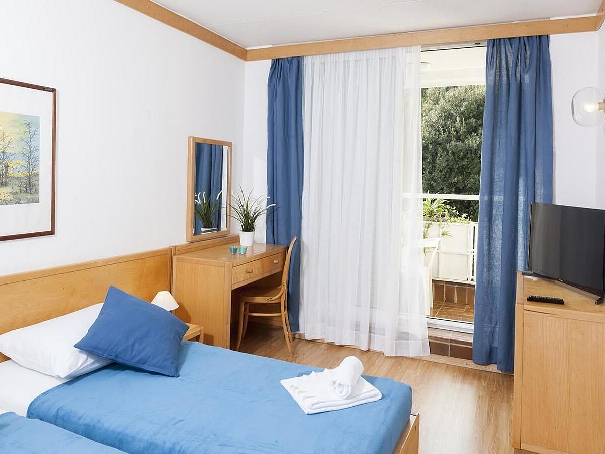 Dvoulůžkový pokoj + pomocné lůžko
