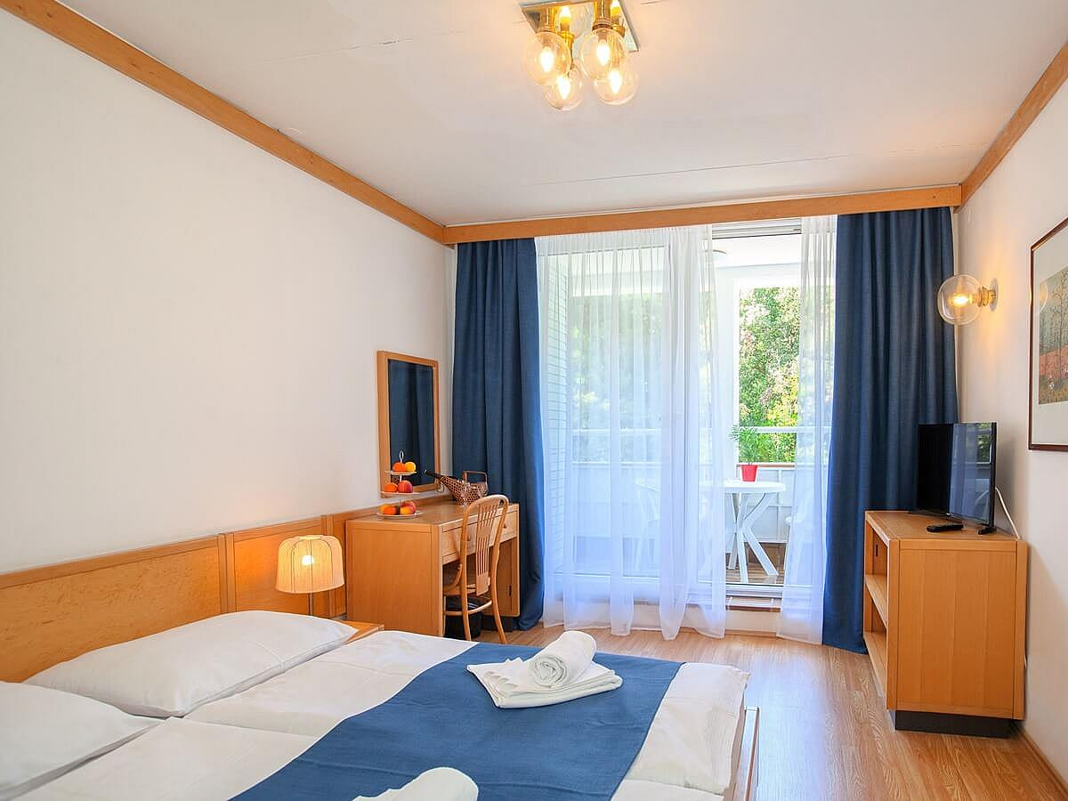 Chambre double + lit supplémentaire