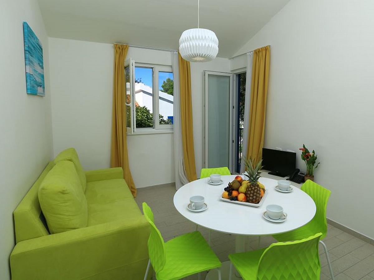Apartment for 6 person, half board service