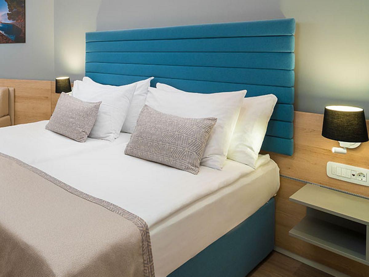 Double room superior, sea view with terrace with half board