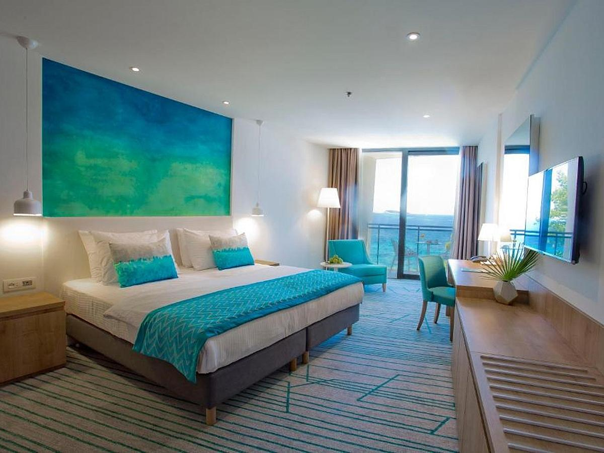 Double room sea view Deluxe - bed and breakfast