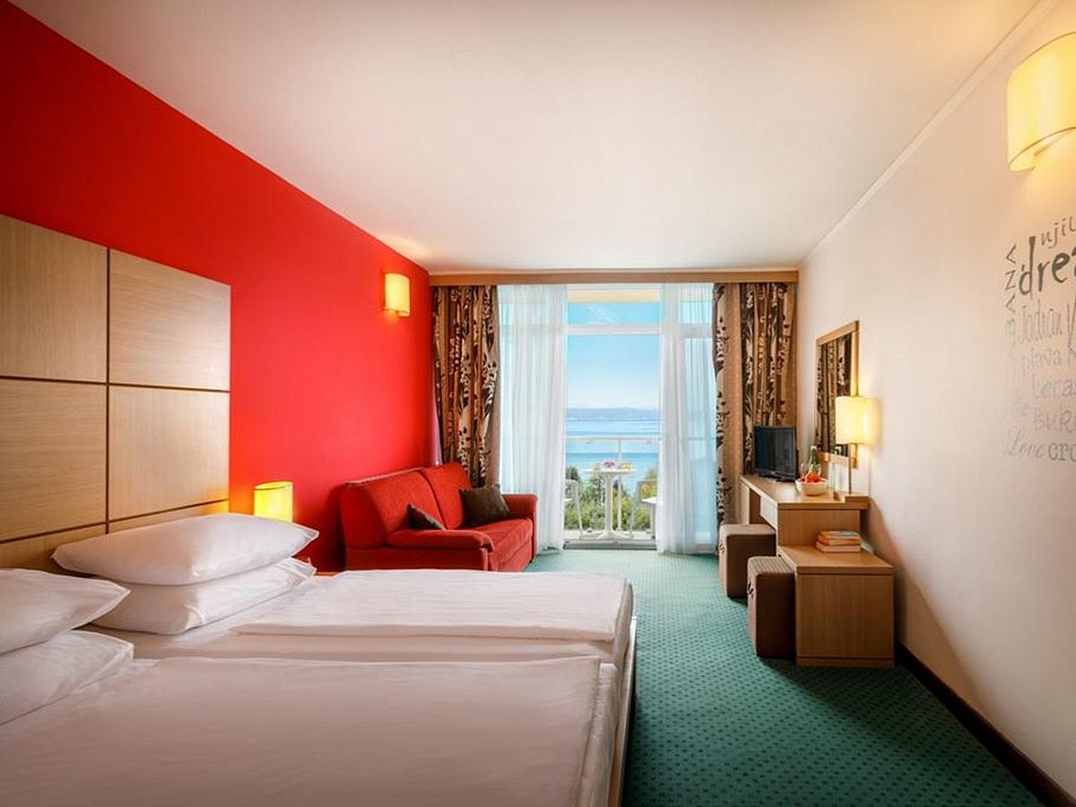 Camera doppia, lato mare, balcone con pernottamento e prima colazione - Superior
