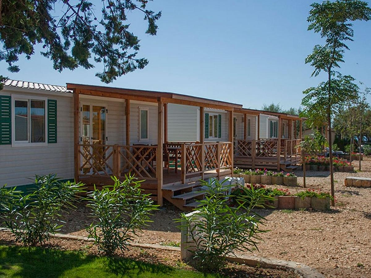 Mobile home for 4 people Adria (32M2)