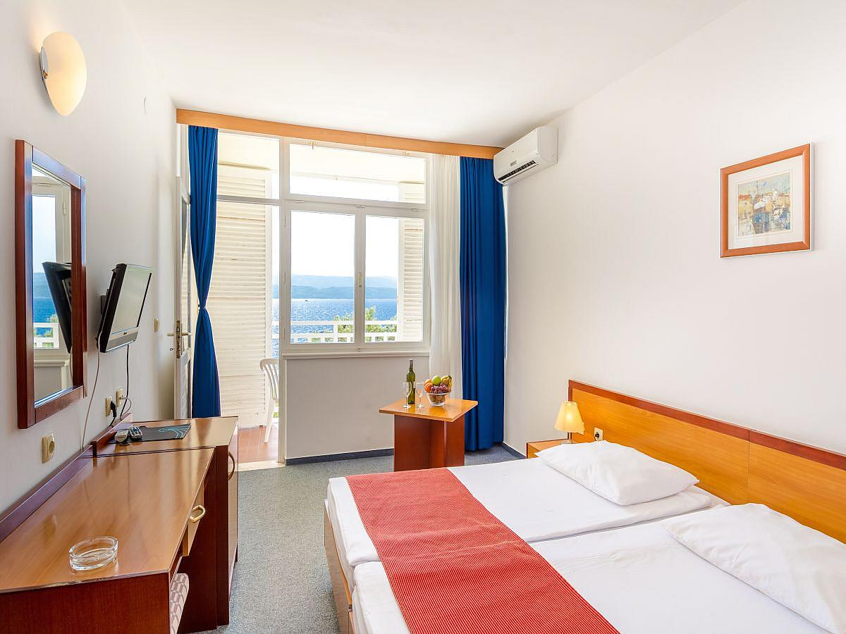 Double room sea view with balcony and all inclusive