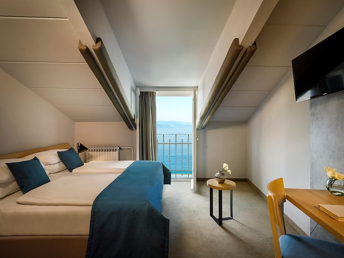 Double room economy, halfboard