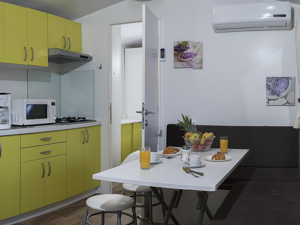 Mobile home for 4+2 people premium (24M2)