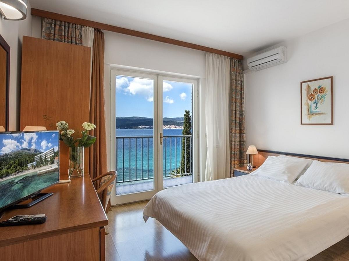 Dvoulůžkový pokoj strana k moři balkón  ,light all inclusive