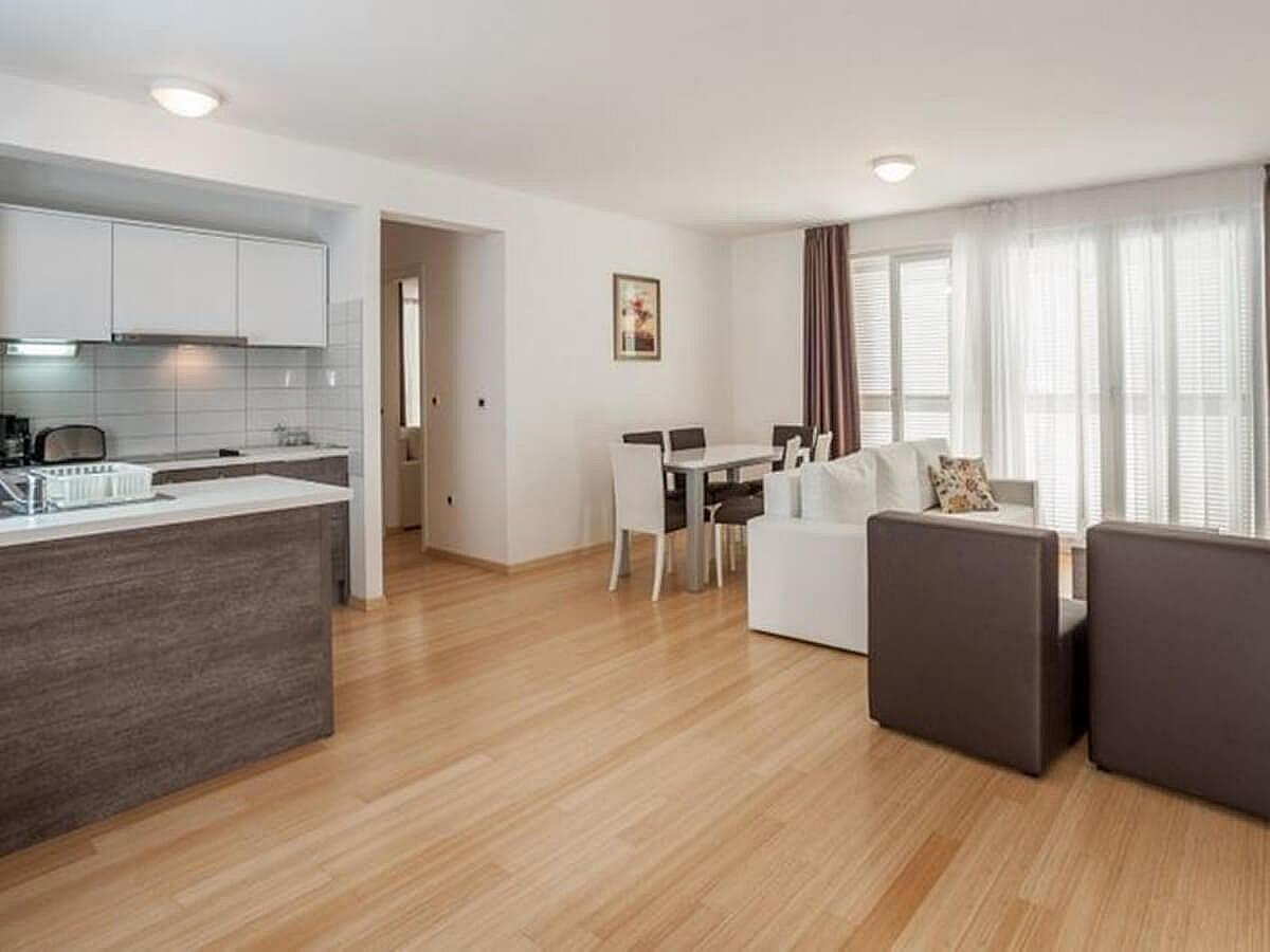 Apartmán pro 2 osoby se 3 pomocnými lůžky (65m2)