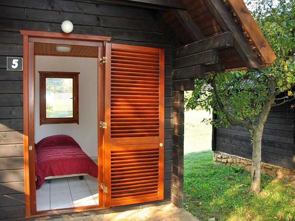 Jednolůžkový bungalov nocleh a snídaně