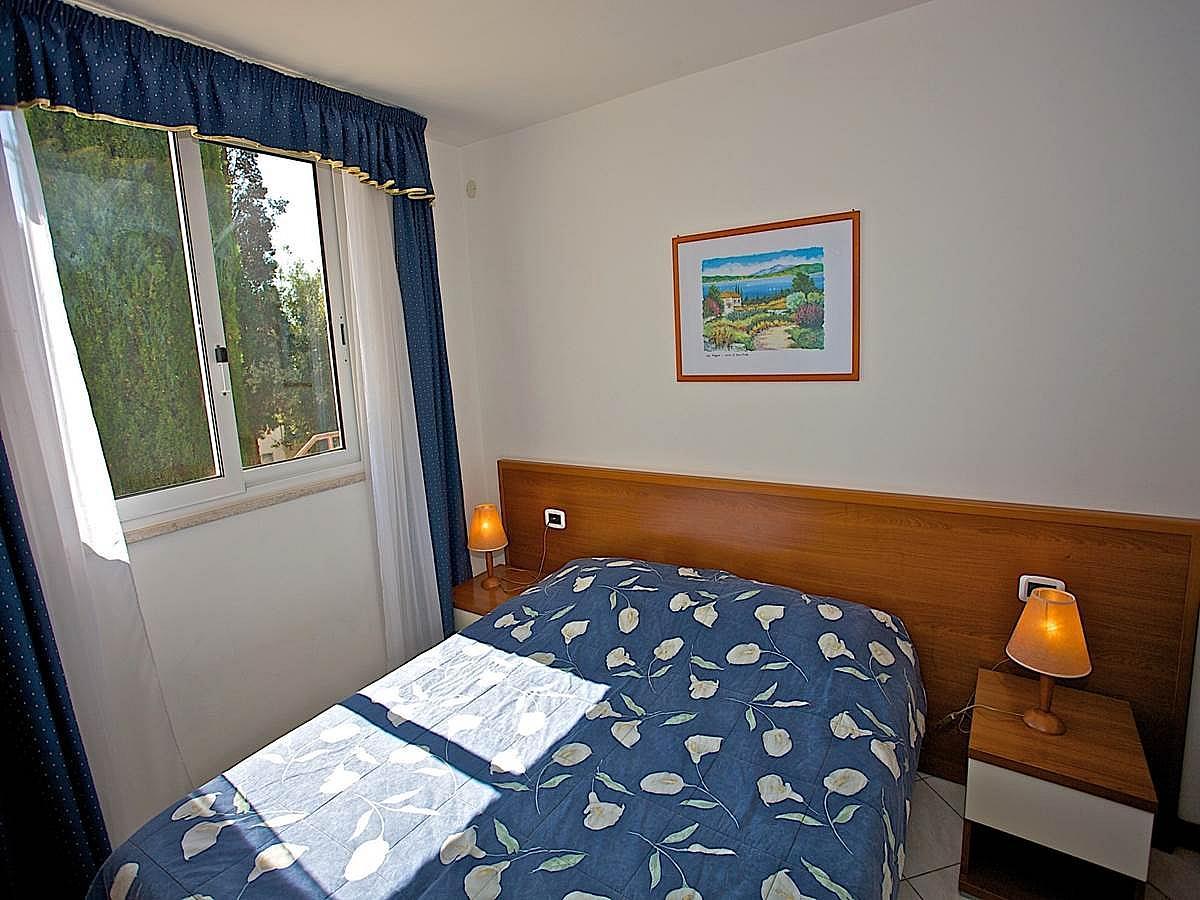 Apartmán pro 2-4 osoby, strana k parku