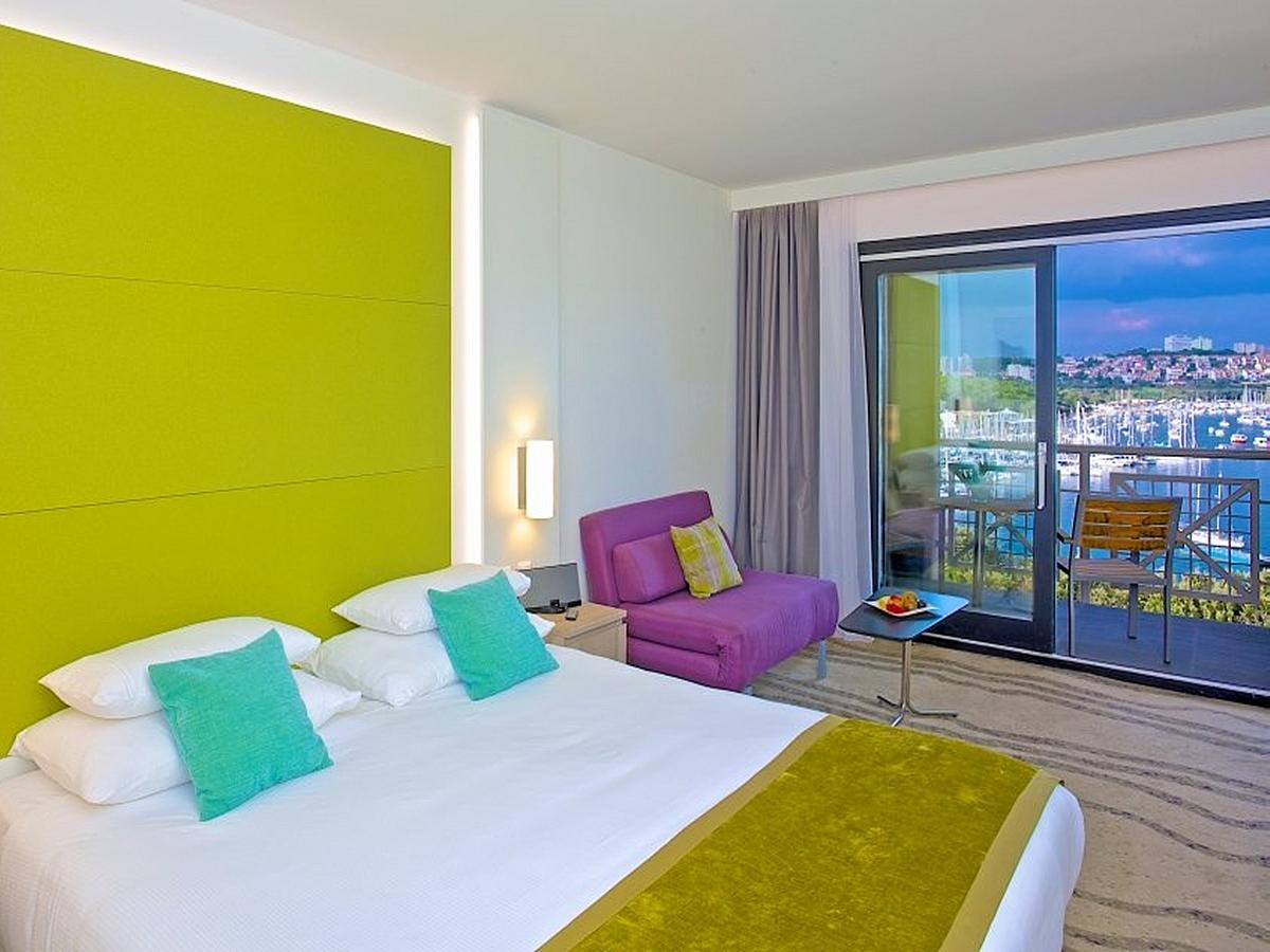 Double room with halfboard,sea side wtih balcony - Part Wing Superior