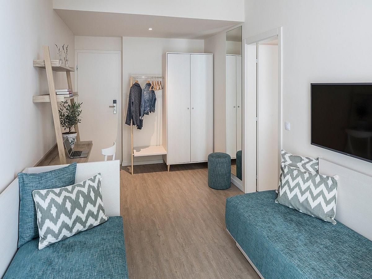 Dvoposteljna soba z 2 pomožnima ležiščema - družinska soba comfort s all inclusive