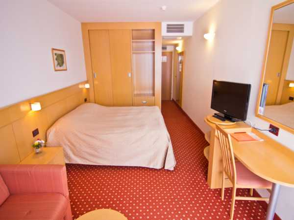Double room, superior, sea view with balcony superior and half board