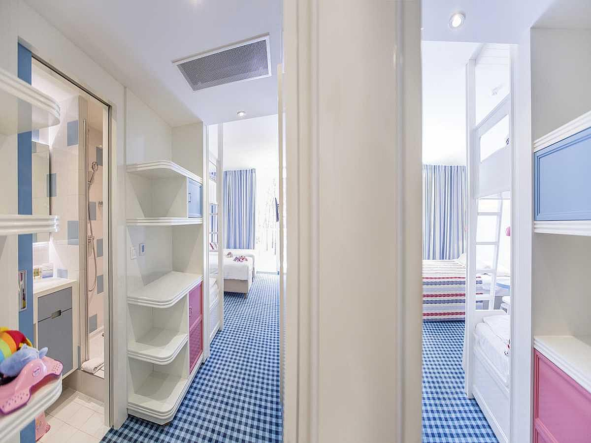 Two connected rooms with twin or double bed and bunk beds with balcony with courtyard or garden view and bed and breakfast