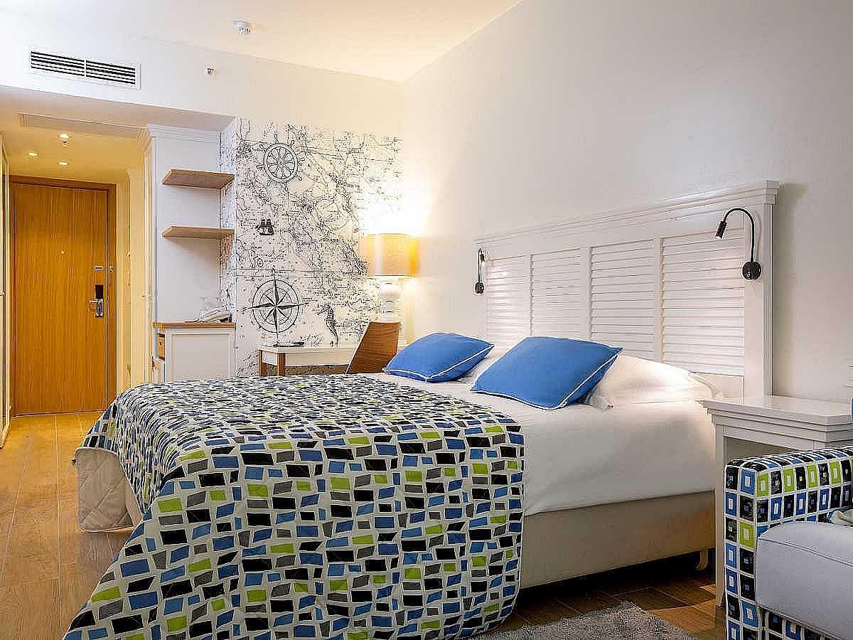 Double room atrium bed & breakfast