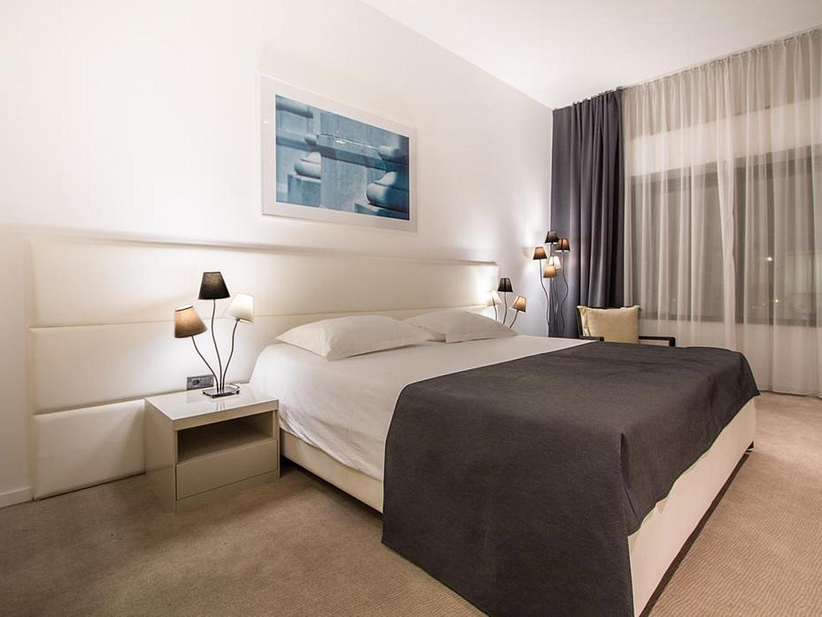 Double room with bed and breakfast - Superior