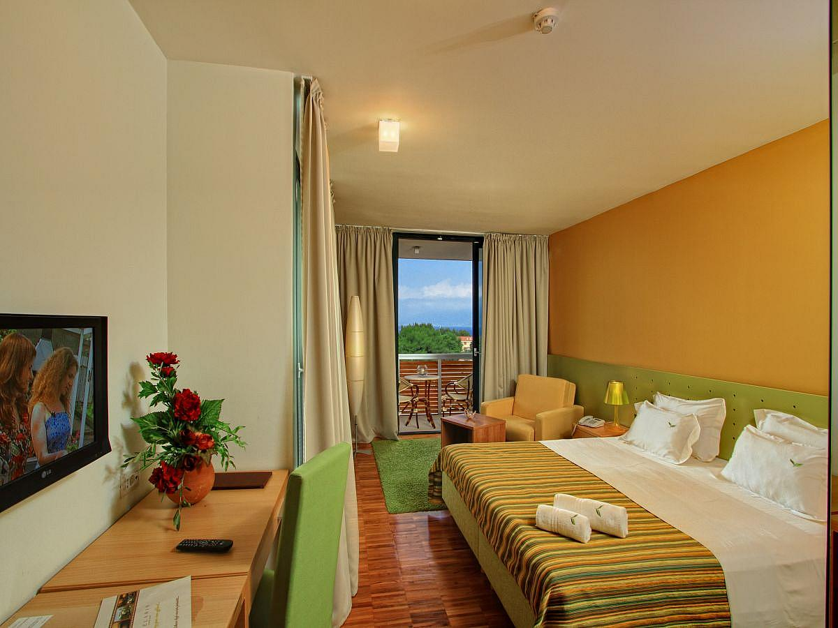 Double room park side with balcony - Superior 4*