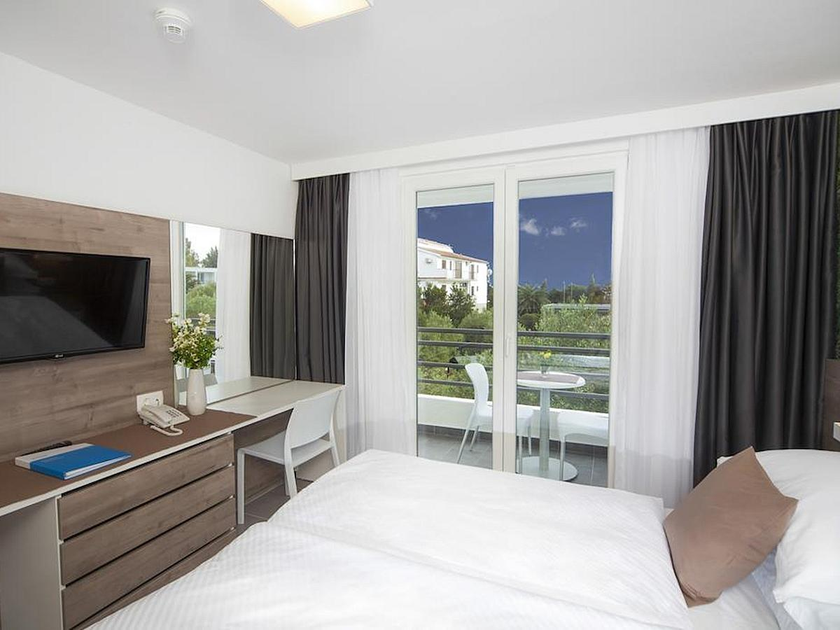 Double room standard with balcony  - all inclusive