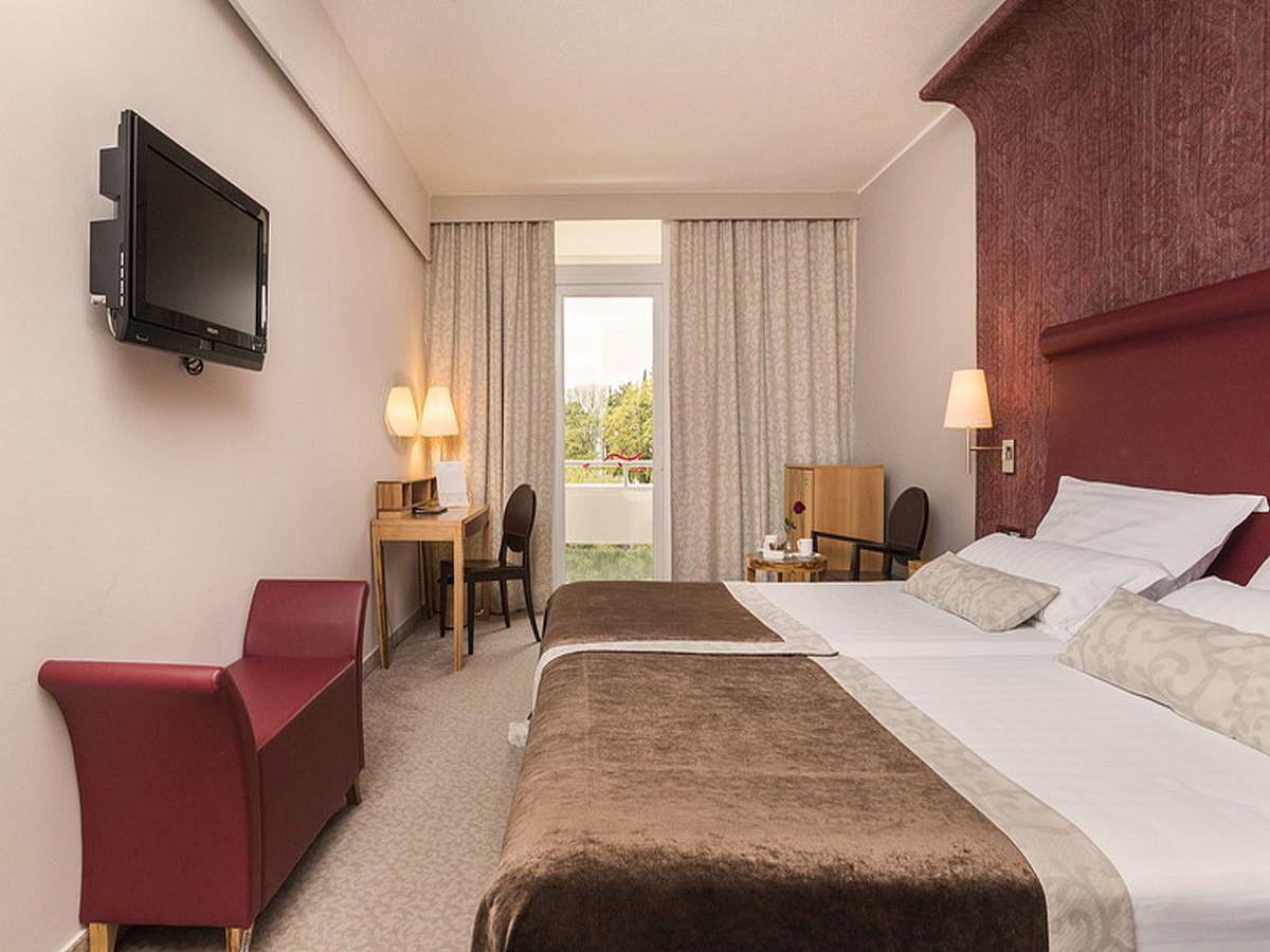 Dvoulůžkový pokoj, premium, strana k moři s balkónem a polopenzí