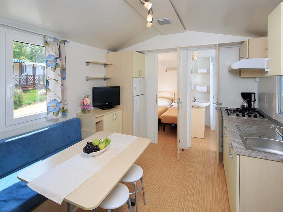 Mobile home for 4+2 people, classic sea side (zone B)