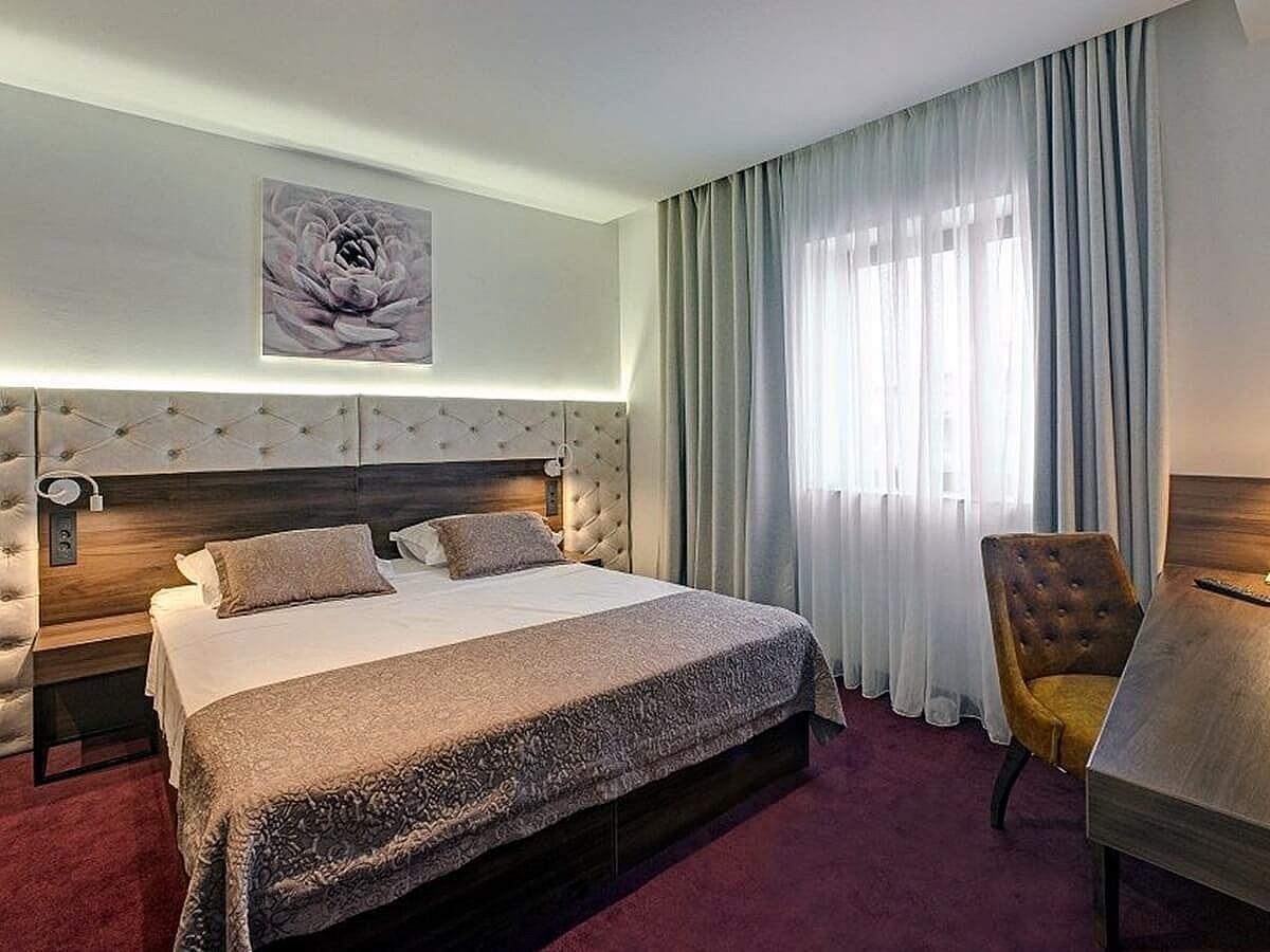 Dvoulůžkový pokoj superior suite a nocleh snídaně