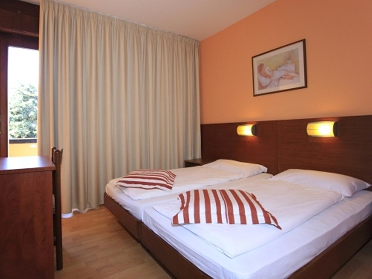 Double room with 2 help beds - family room,all inclusive