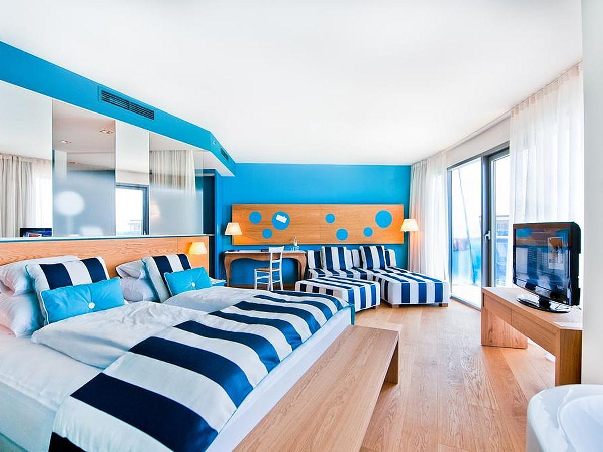 Pokój dwuosobowy junior suite  strona park nocleg i śniadanie
